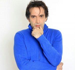 تیپ استقلالی رامسین کبریتی از بازیگران مرد ایرانی بالای 40 سال