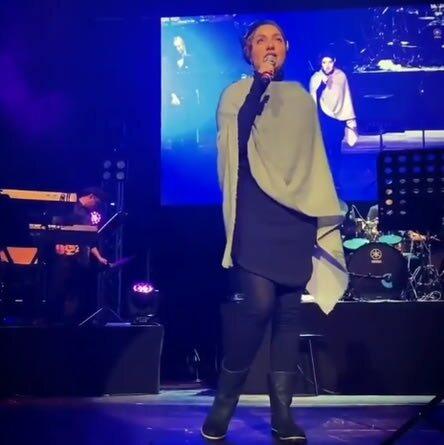 مهناز افشار در کنسرت گوگوش