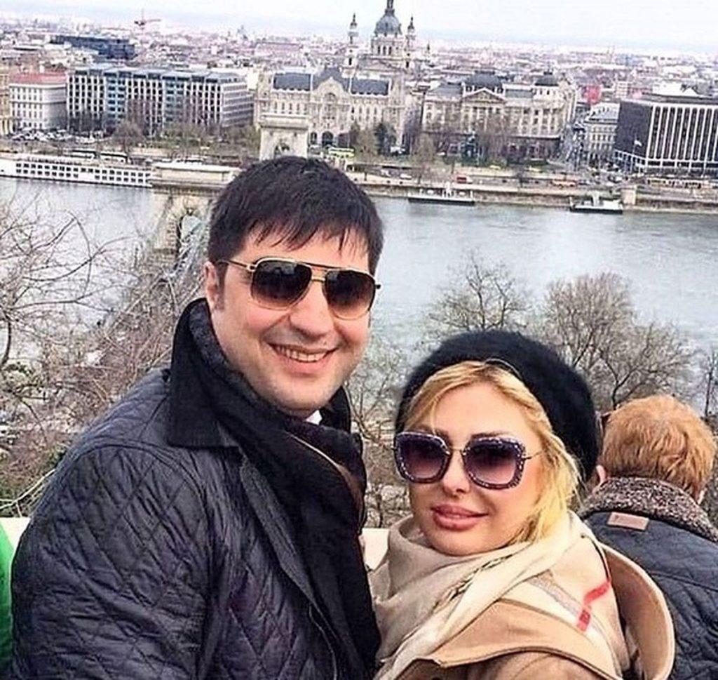 نیوشا ضیغمی با کلاه و همسرش در اروپا - مهریه نیوشا ضیغمی