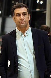 محمد نادری یکی از بازیگران متولد ماه تیر