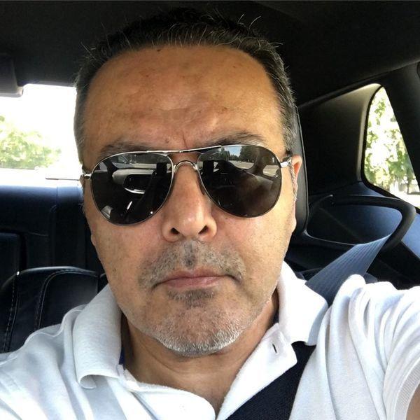 فریبرز عرب نیا با تی شرت سفید - طلاق فریبرز عرب نیا