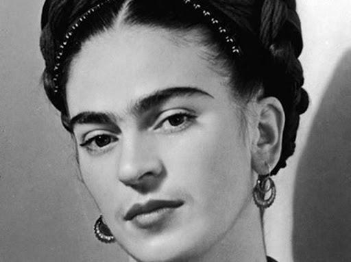 فریدا کالو  سیاه و سفید - شباهت فریدا و نیکی کریمی