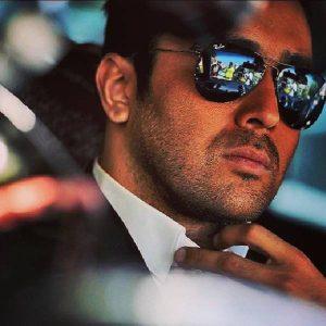 پوریا پورسرخ از بازیگران مرد ایرانی با عینک