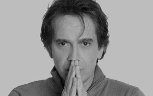رامسین کبریتی از بازیگران سینما که از ایران رفته اند