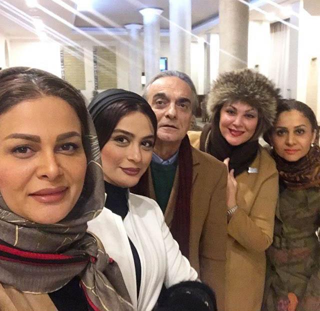 عکس لاله اسکندری در خارج با بازیگران مشهور