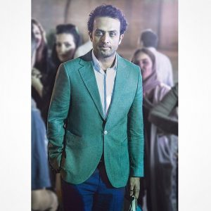 مصطفی زمانی از بازیگران مرد ایرانی با کت شلوار