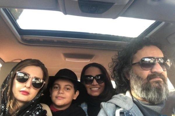 مهراب قاسمخانی و شقایق دهقان با دختر و پسرشان