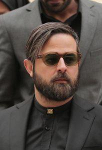 هومن سیدی از بازیگران مرد ایرانی با عینک
