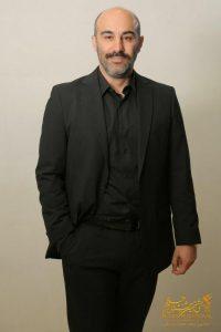 محسن تنابنده از بازیگران مرد ایرانی با کت شلوار