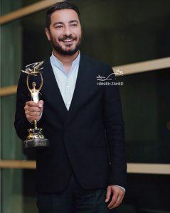 نوید محمدزاده از بازیگران مرد ایرانی با کت شلوار