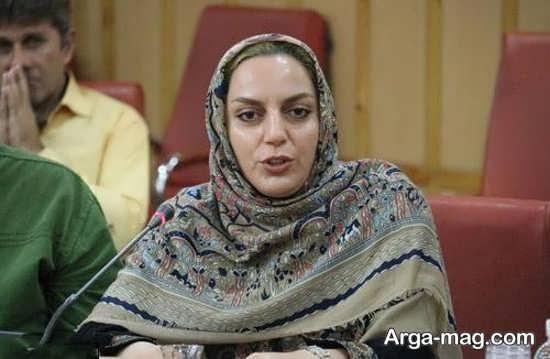 نسرین بابایی بازیگر گیلانی با روسری رنگی
