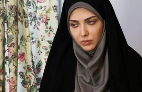 لیلا اوتادی با چادر و مقنعه طوسی