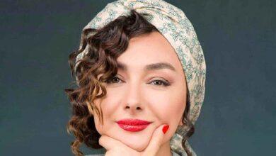 هانیه توسلی چپ دست با موهای فر